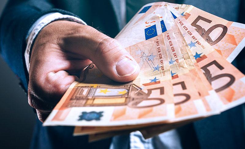 Anche i soci di società di persone e società di capitali hanno diritto ai 600 euro